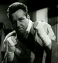 "Steve Brodie (screenshot from ""The Admiral Was a Lady"", 1950).jpg"