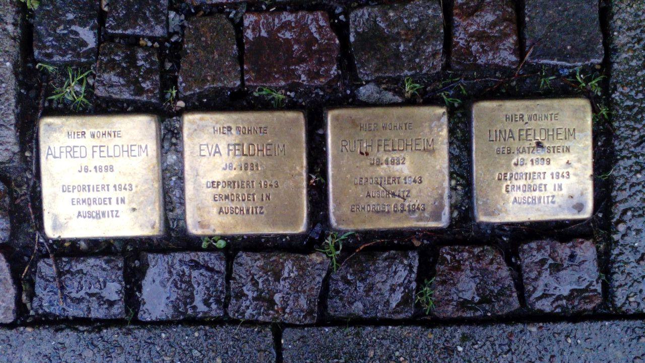 Stolperstein Oberntorwall 2.jpg