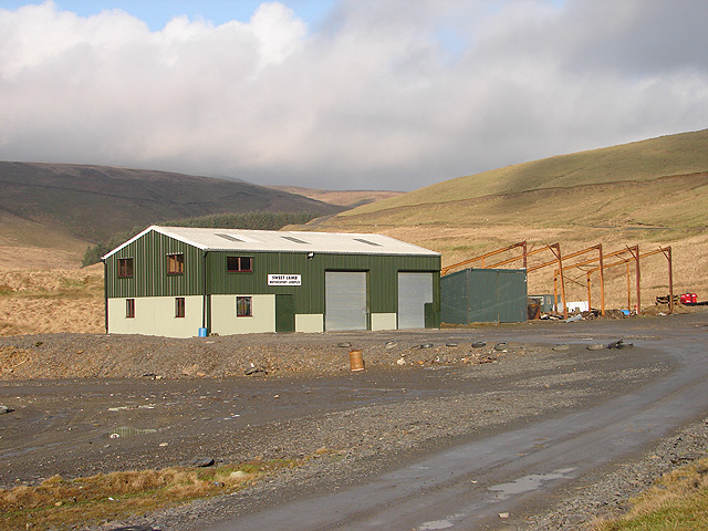 File:Sweet Lamb Motor Sports Complex - geograph.org.uk - 470913.jpg