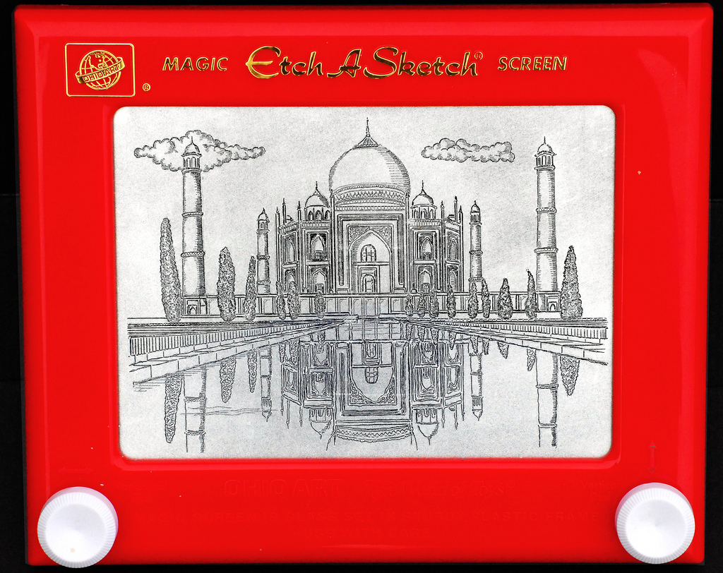 Taj Mahal drawing on an Etch-A-Sketch.jpg