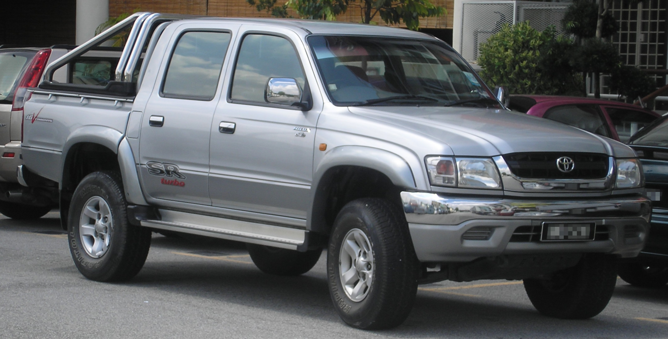 Descripción Toyota Hilux (seventh generation, first facelift) (front