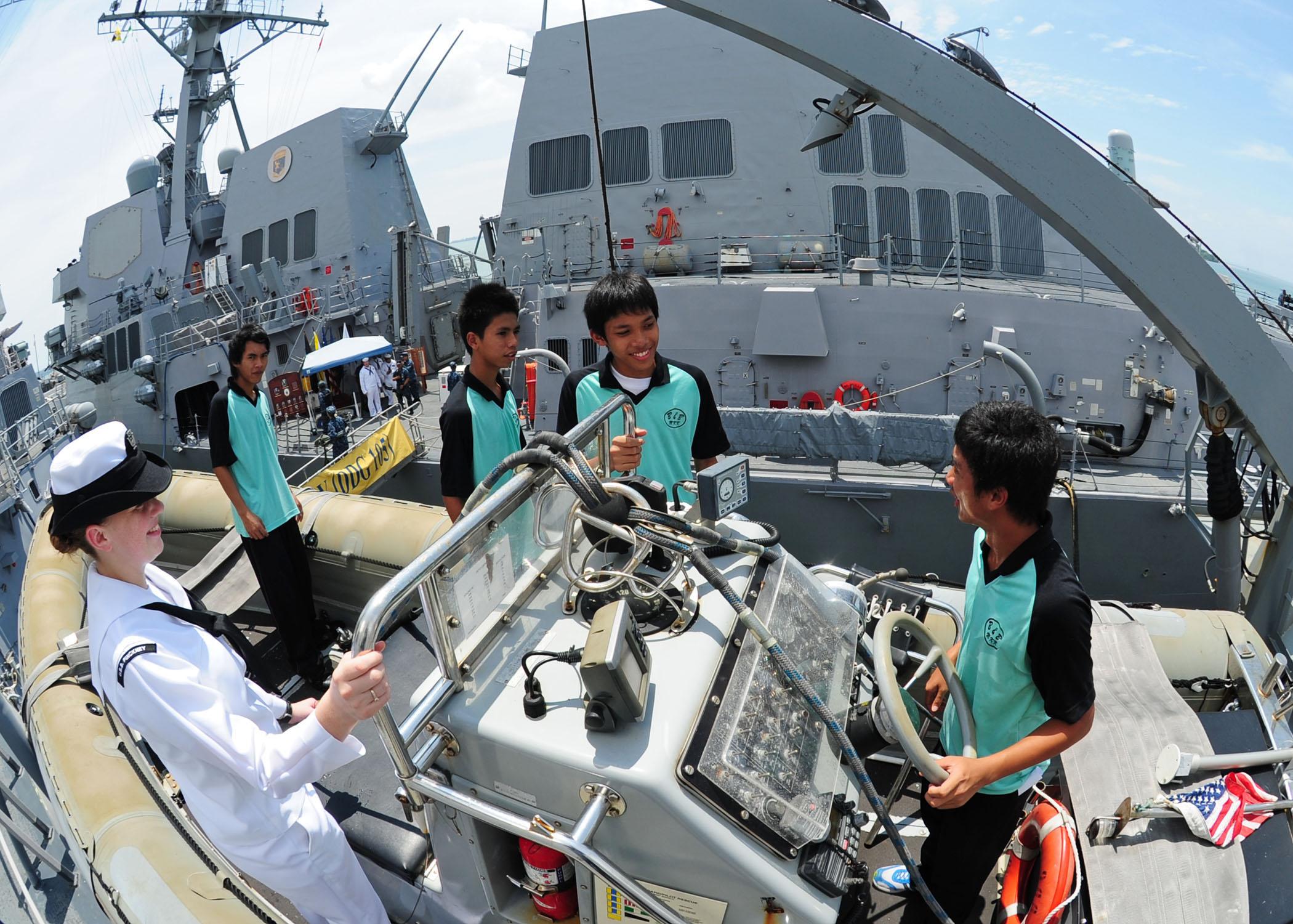 File US Navy N ED900 270 Gas Turbine System Technician