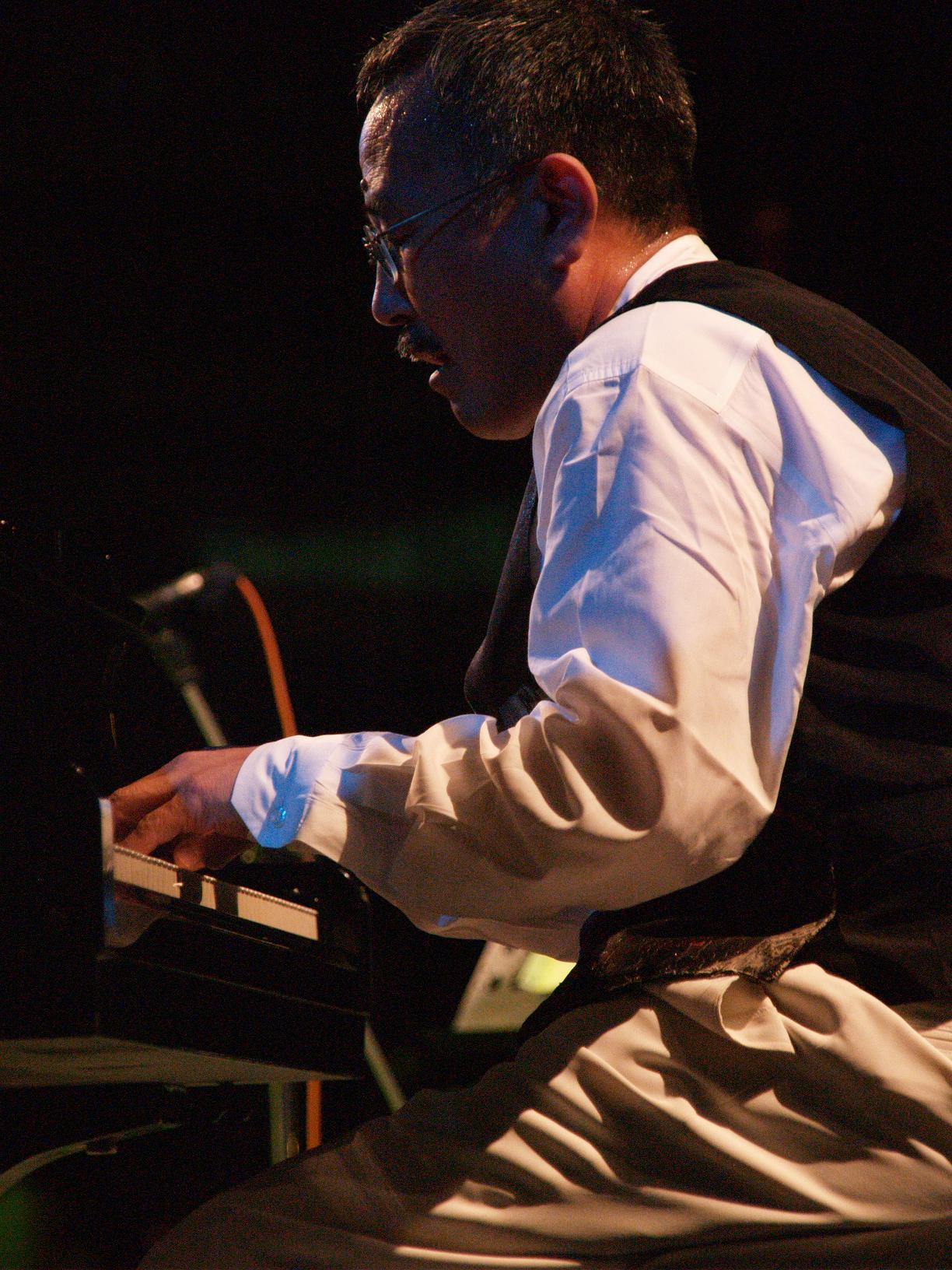 ピアノ 吉沢 京子