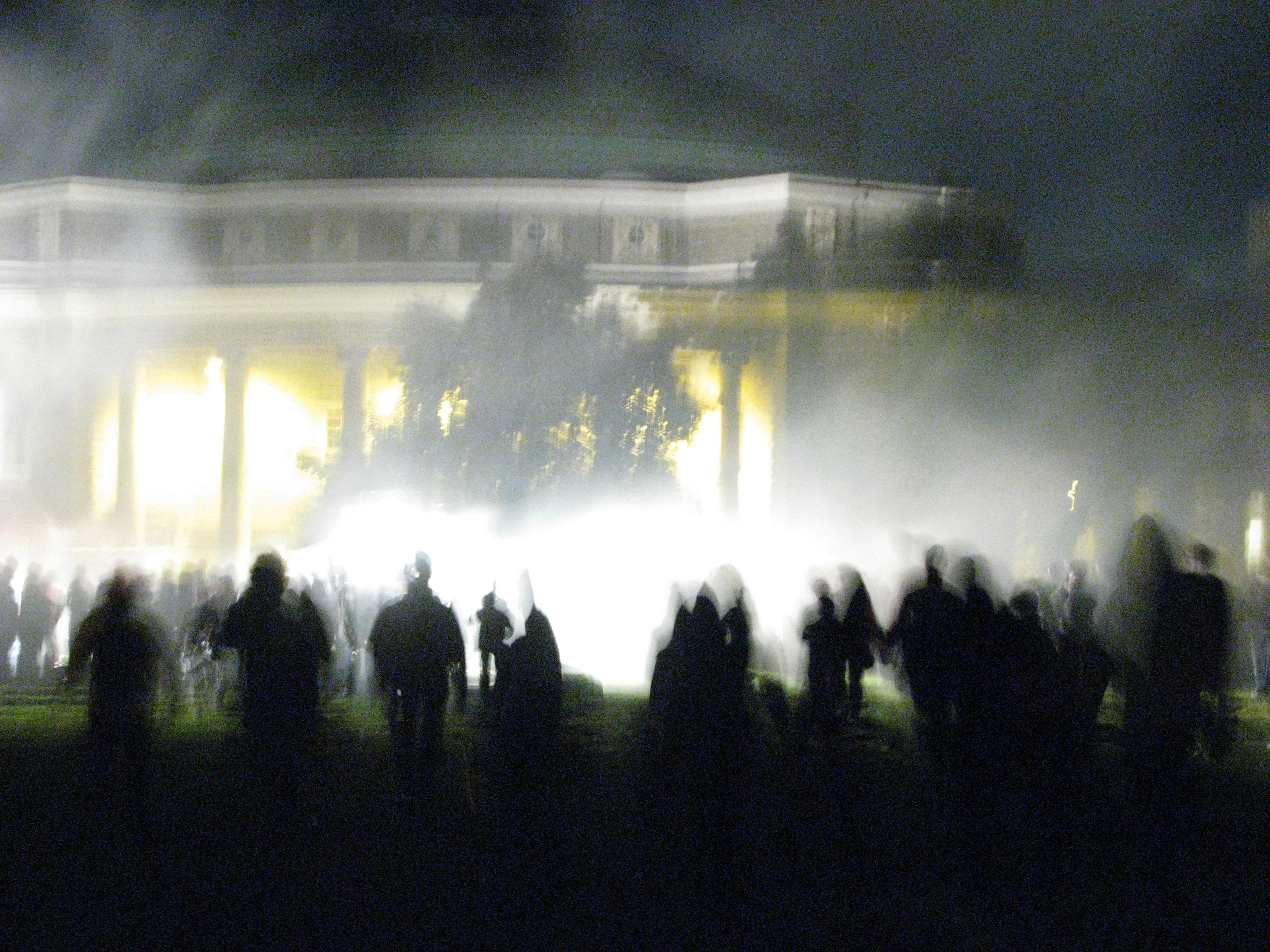 Zombies zombie apocalypse