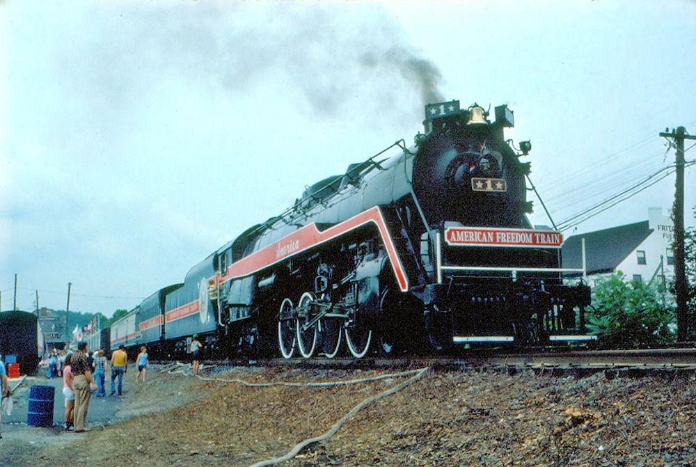 american freedom train 1976 - photo #14