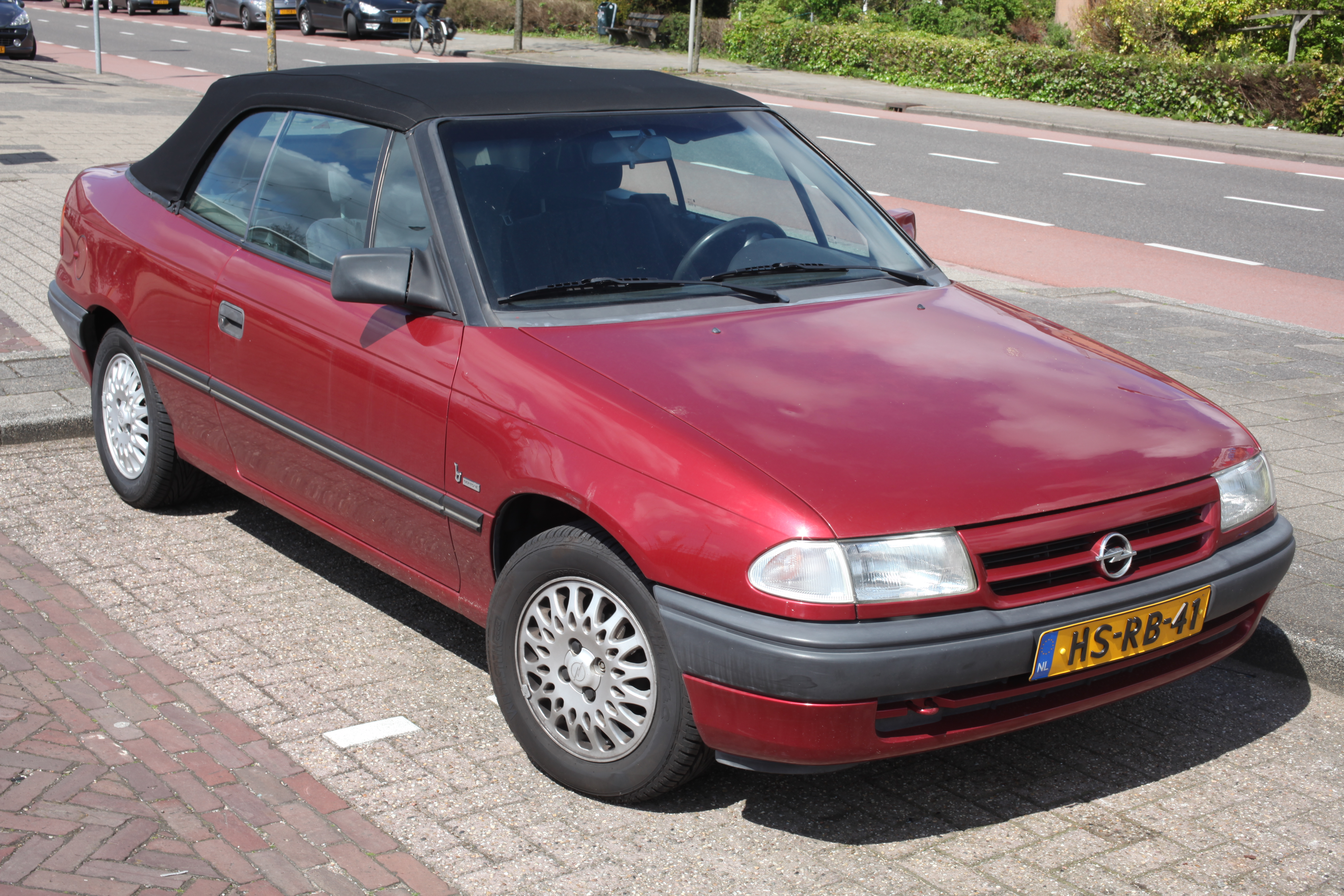 file 1994 opel astra bertone cabriolet 7355391084 jpg wikimedia commons. Black Bedroom Furniture Sets. Home Design Ideas
