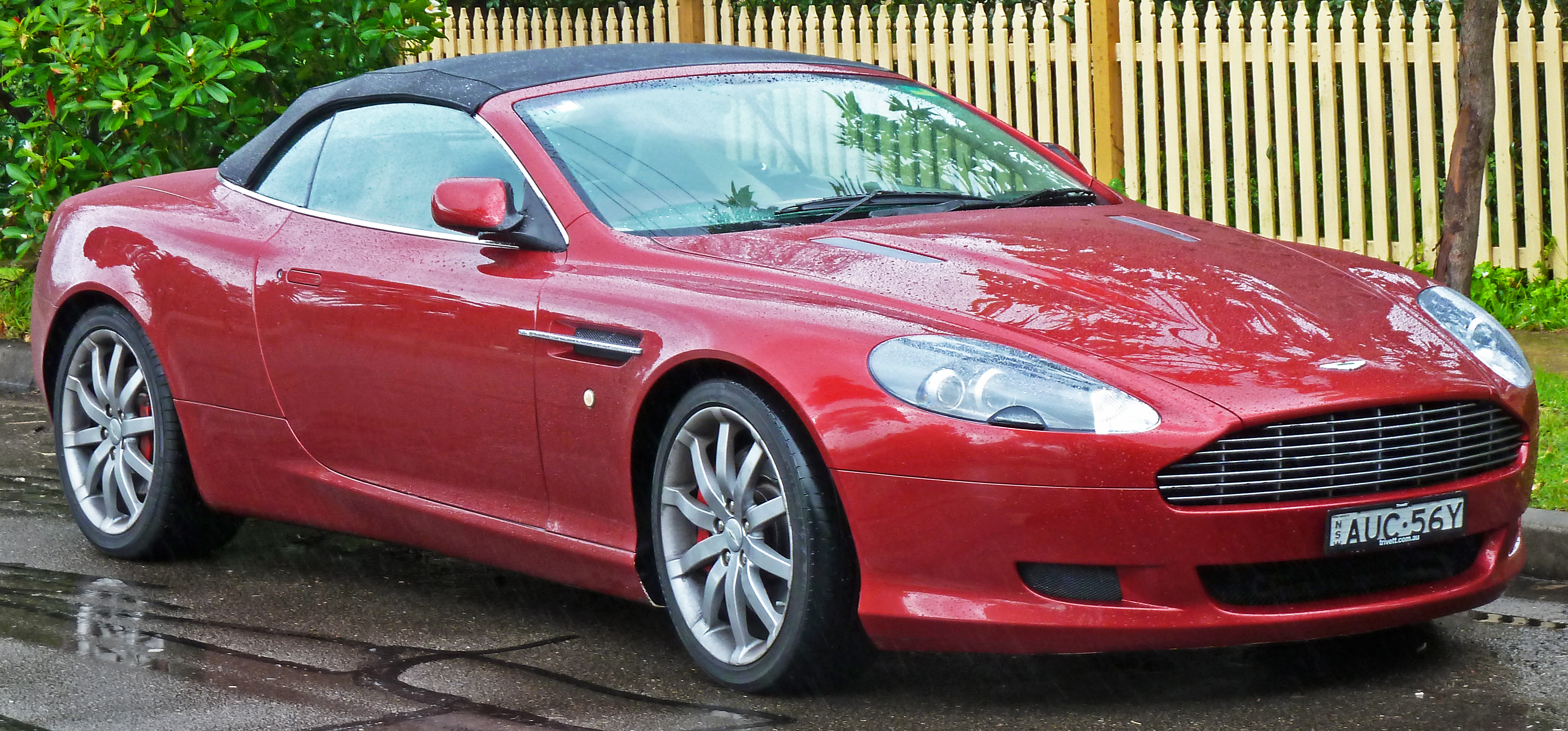 File 2005 2008 Aston Martin Db9 Volante Convertible 2011 07 17 01 Jpg Wikimedia Commons