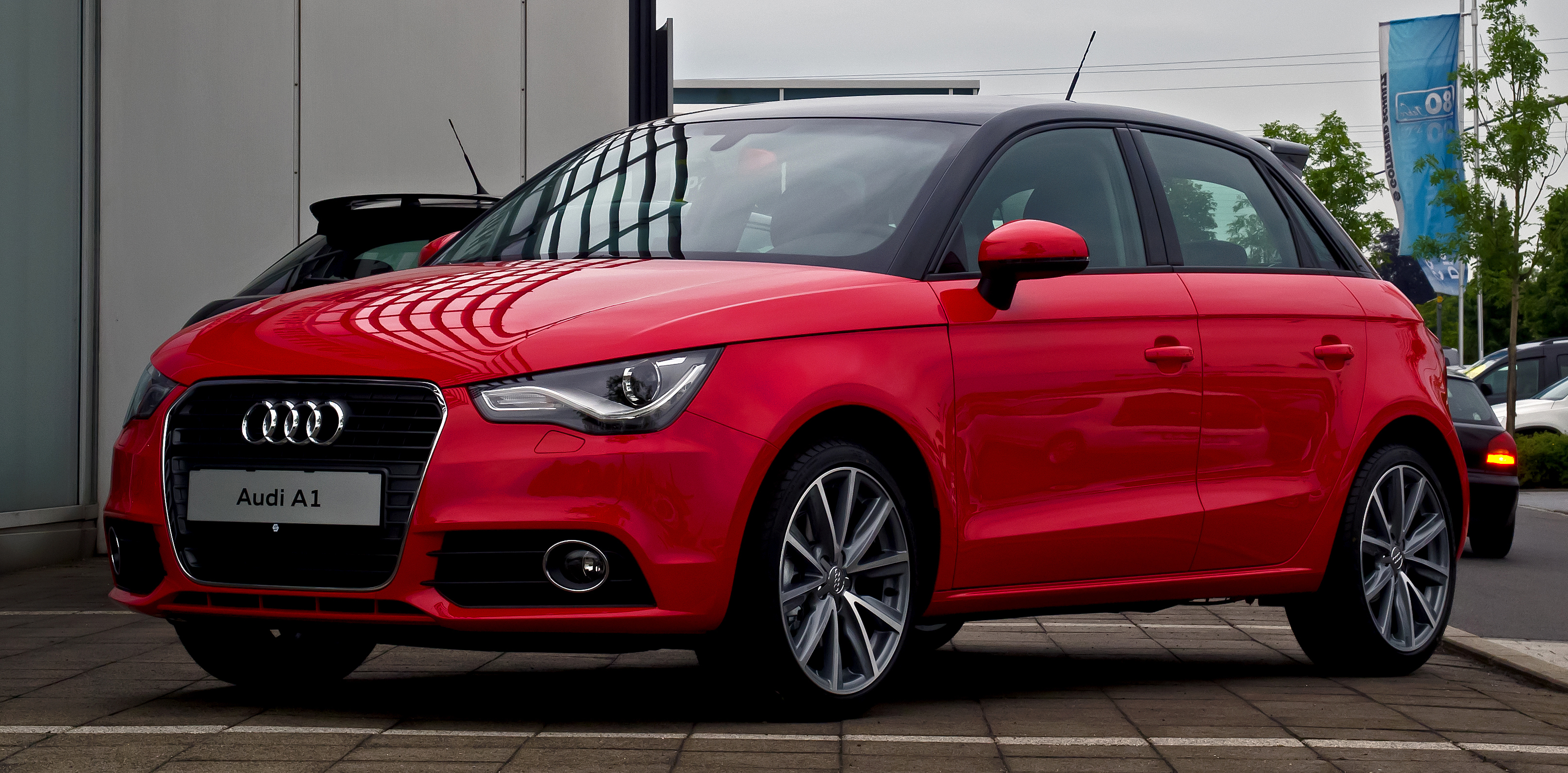 file audi a1 sportback 1 4 tfsi ambition frontansicht. Black Bedroom Furniture Sets. Home Design Ideas