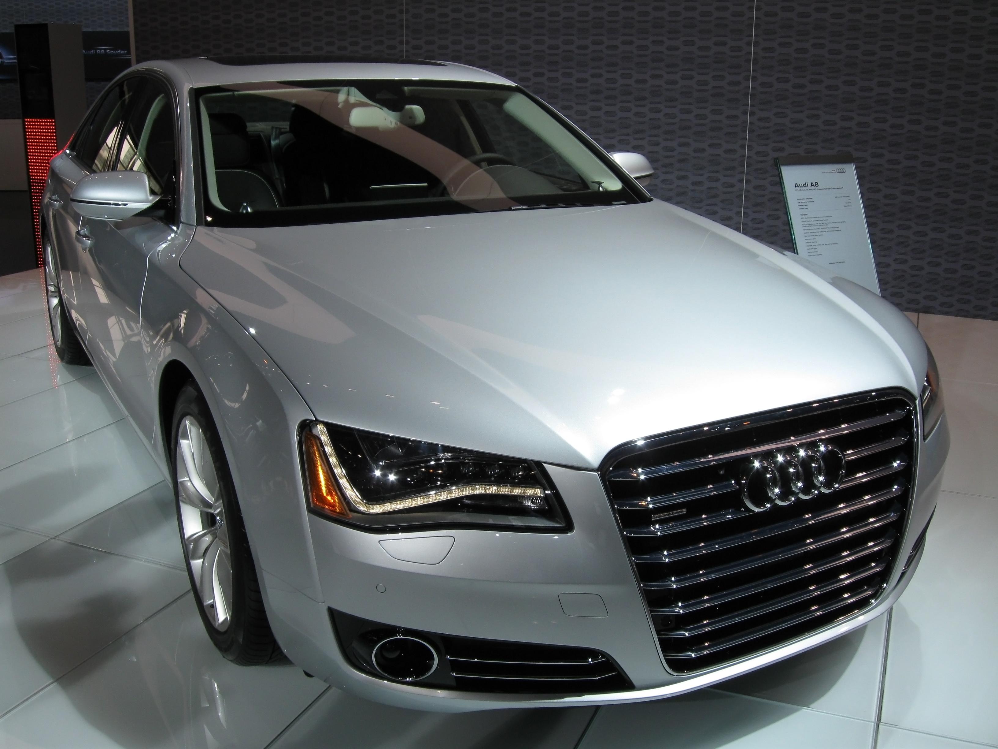 Audi_A8_D4.jpg
