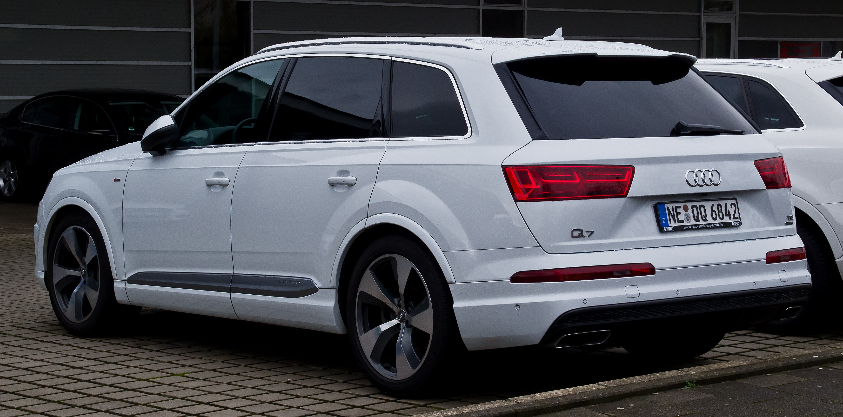 file audi q7 3 0 tdi quattro s line ii heckansicht 3 januar 2016 d wikipedia. Black Bedroom Furniture Sets. Home Design Ideas