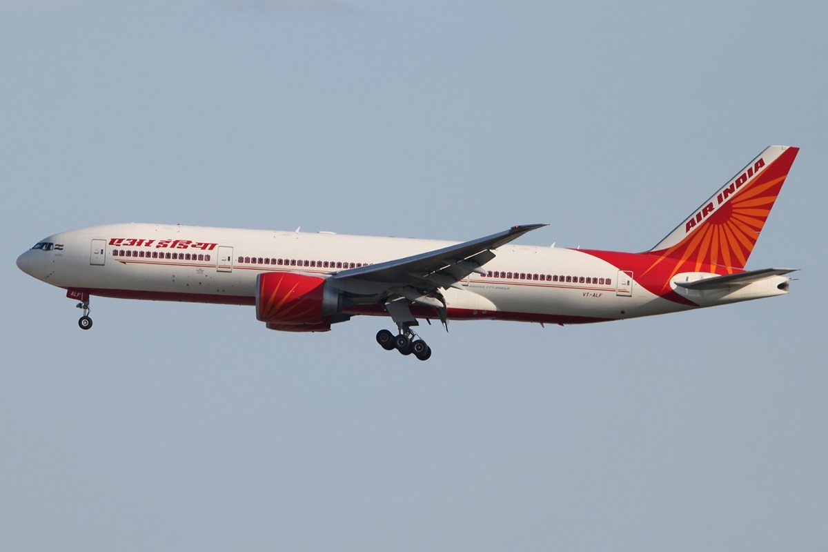 File:Boeing 777-237(LR) Air India VT-ALF, FRA Frankfurt (Rhein-Main ...