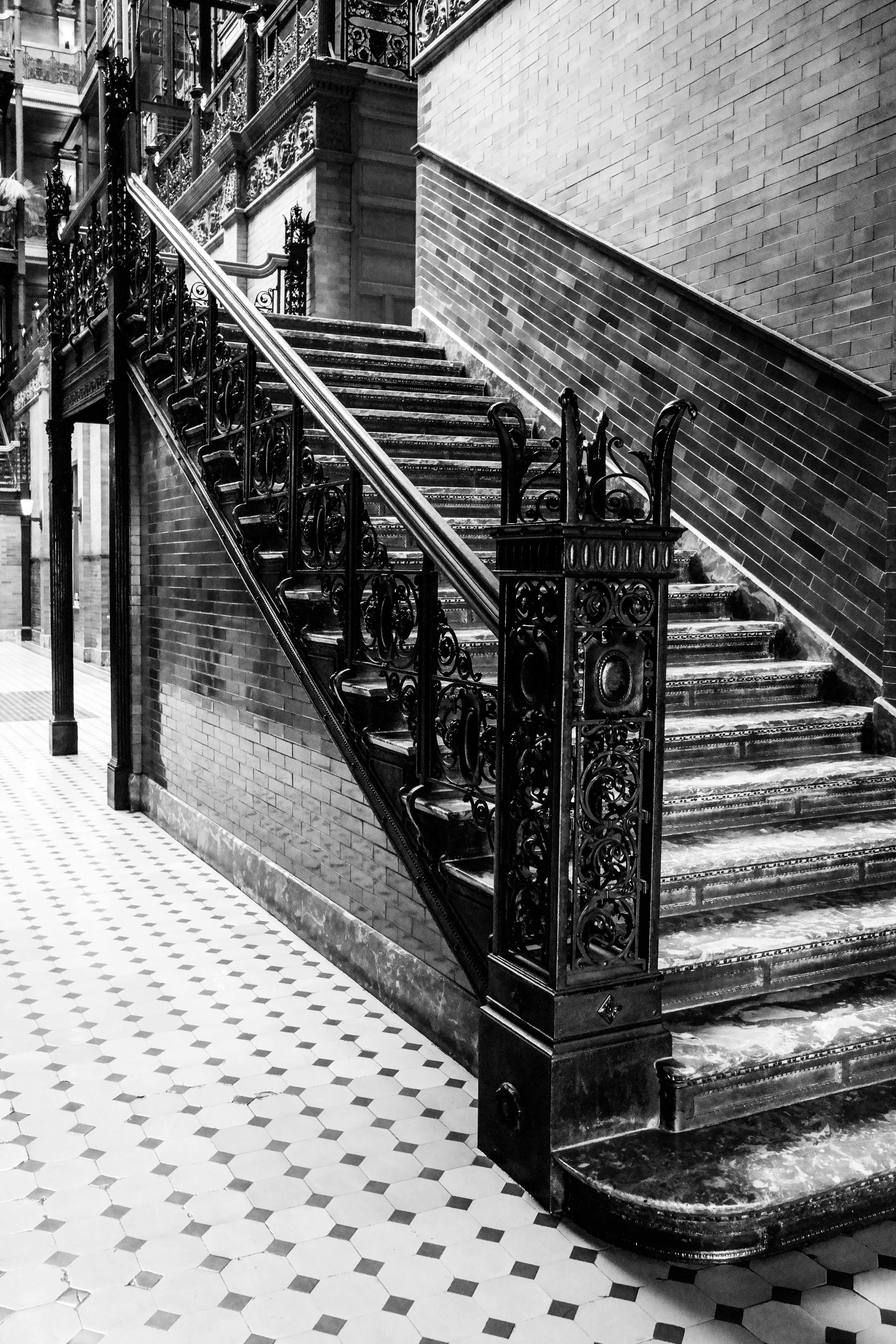 File:Bradbury Building Staircase
