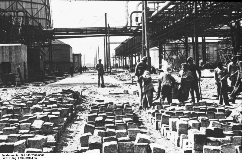 Bundesarchiv Bild 146-2007-0068, IG-Farbenwerke Auschwitz