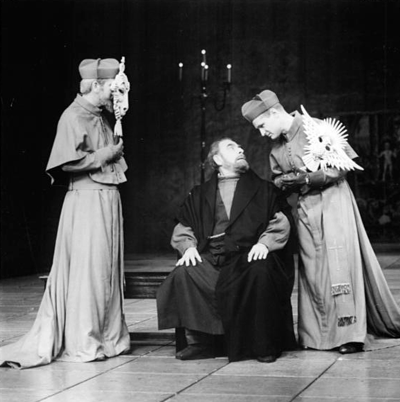 Galileo being interogated by the cardinals in Brecht's 'Life of Galileo' 1971 Berliner Ensemble production