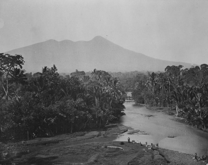 Ci Liwung - Wikipedia bahasa Indonesia, ensiklopedia bebas