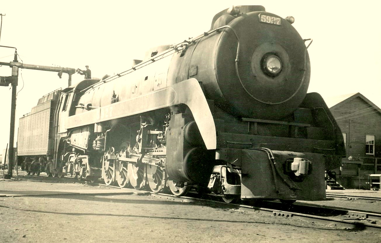 Canadian_Pacific_Selkirk_class_5927_takes_on_oil_at_the_South_Edmonton_shops.jpg
