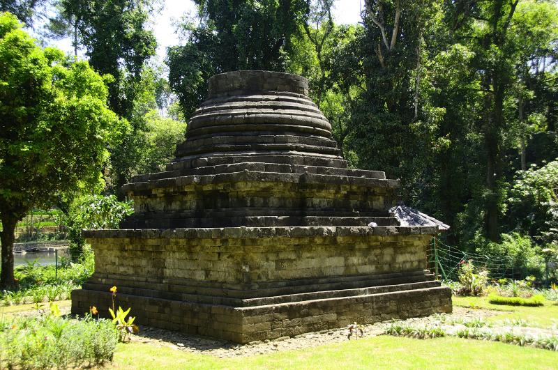 Candi Sumberawan - Wikipedia bahasa Indonesia ...