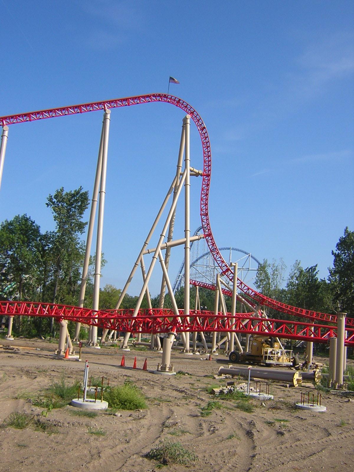 Cedar Point CedarPoint_Maverick_95degreeDrop_DSCN9513