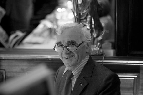 El Gran Charles Aznavour En Videos En Español...