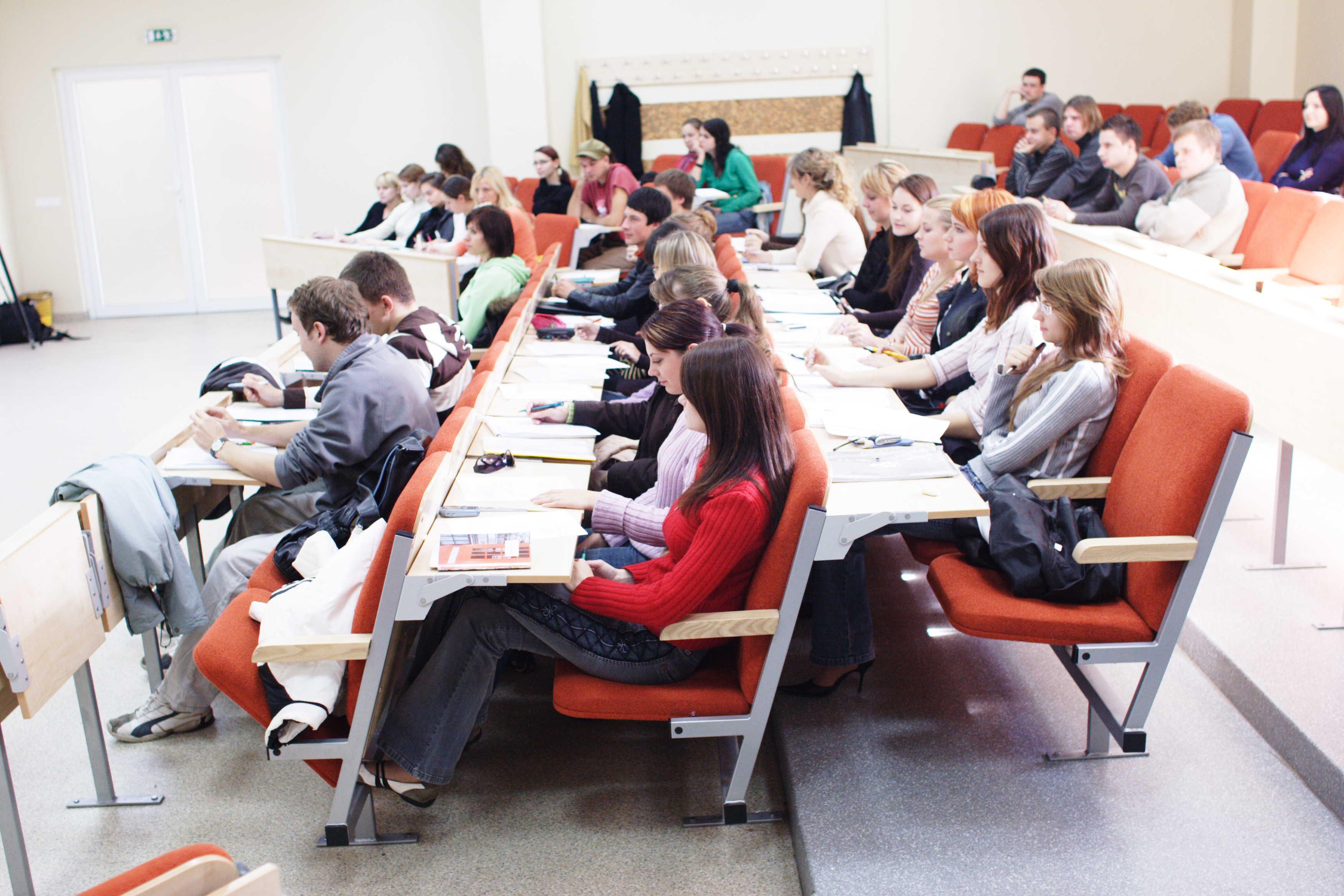 File:Class in IBS (Vilnius University).JPG - Wikimedia Commons