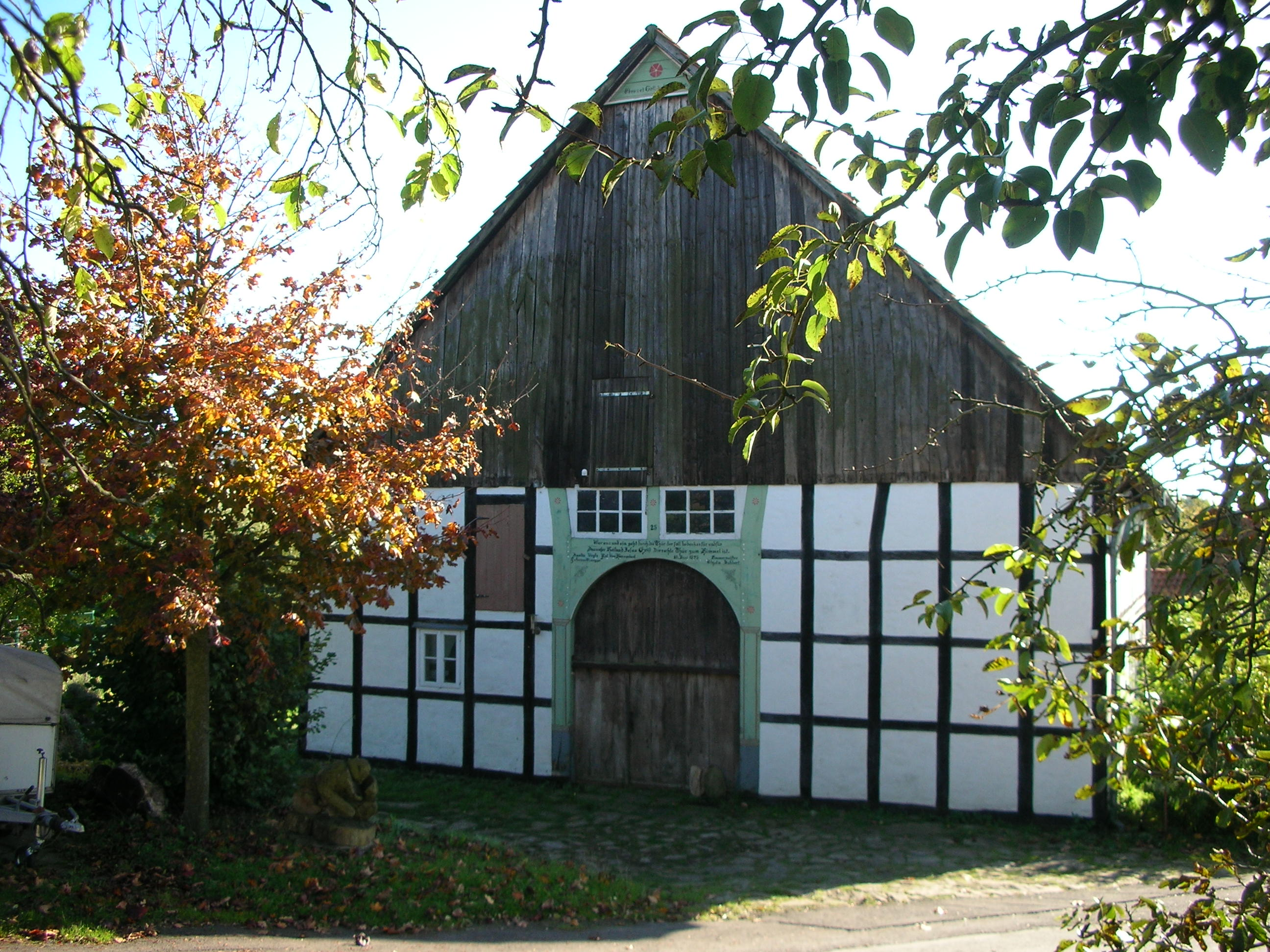 File:Fachwerkhaus in Alt-Schwelentrup.JPG - Wikimedia Commons