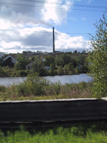 File:FlinFlon Stack.jpg