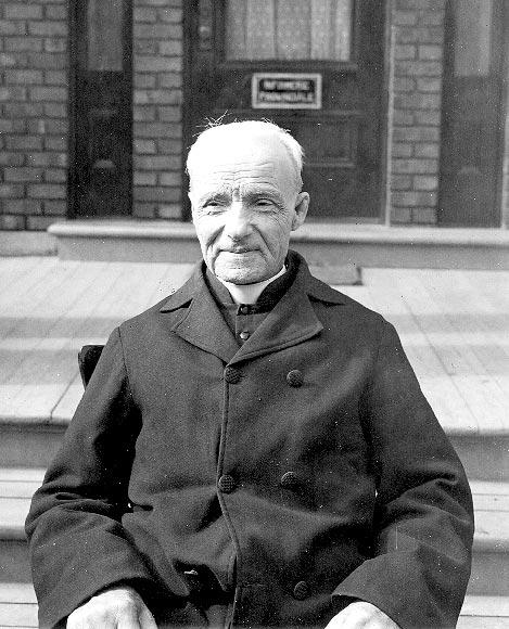 Frère André 1920