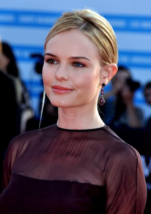 The 35-year old daughter of father Hal Bosworth and mother Patricia Potter Kate Bosworth in 2018 photo. Kate Bosworth earned a  million dollar salary - leaving the net worth at 24 million in 2018