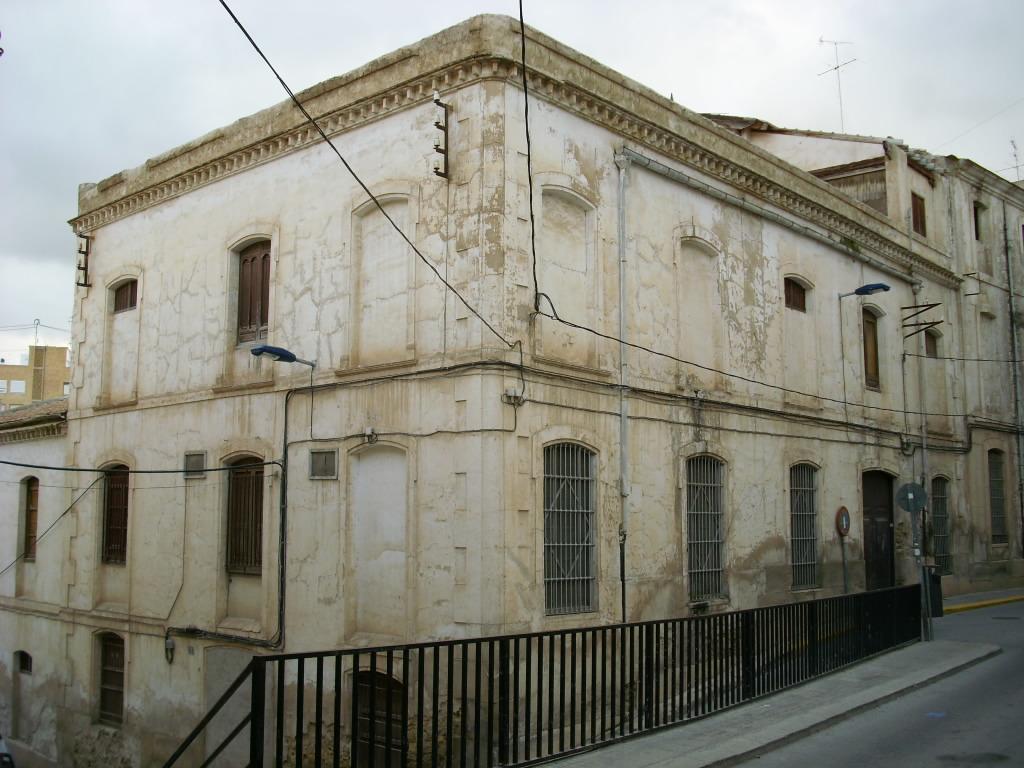 La Fàbrica Gran. Hijo de Augusto Mas de Crevillent