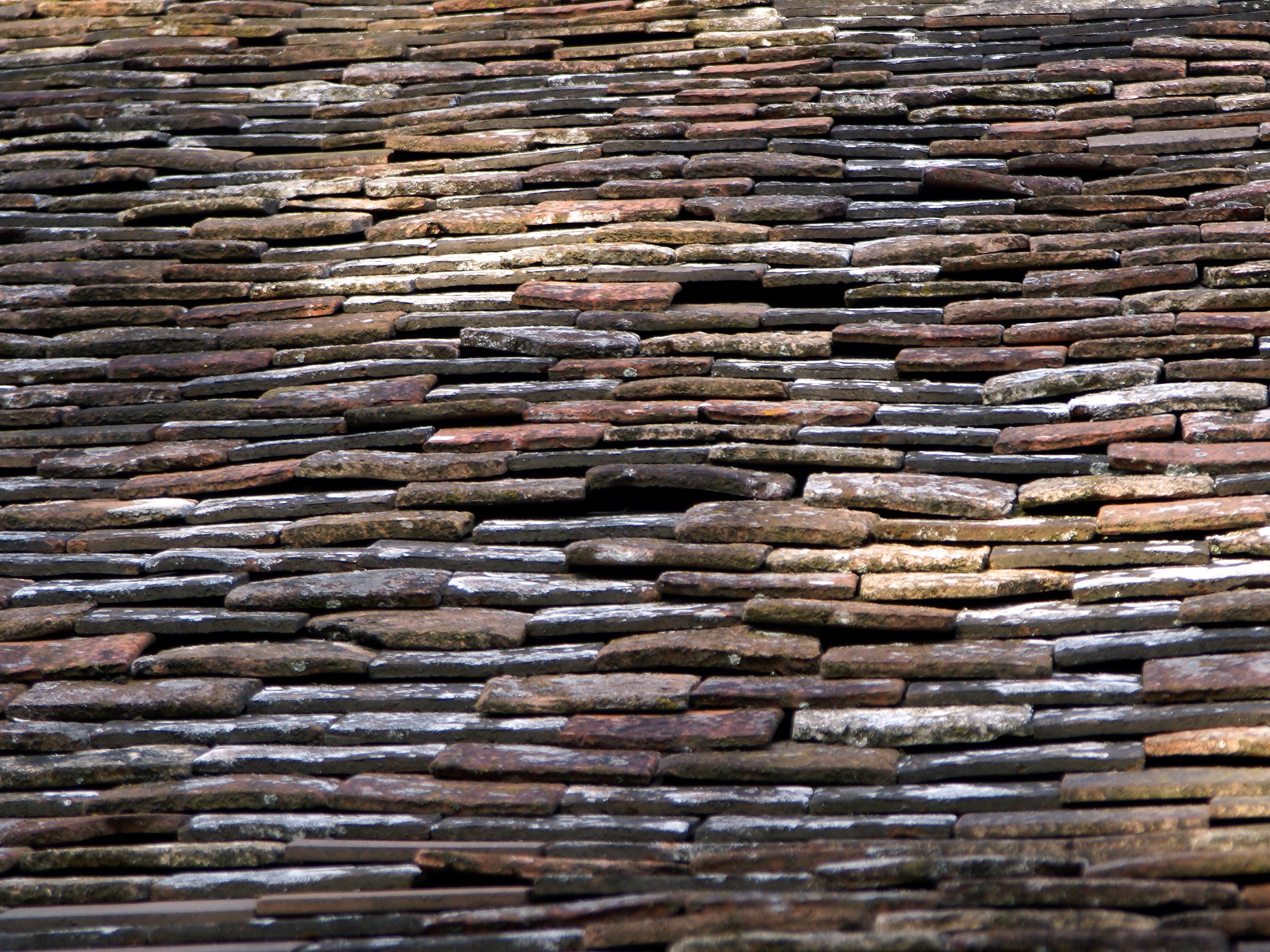 File Lanquais Roof Tiles Jpg Wikimedia Commons