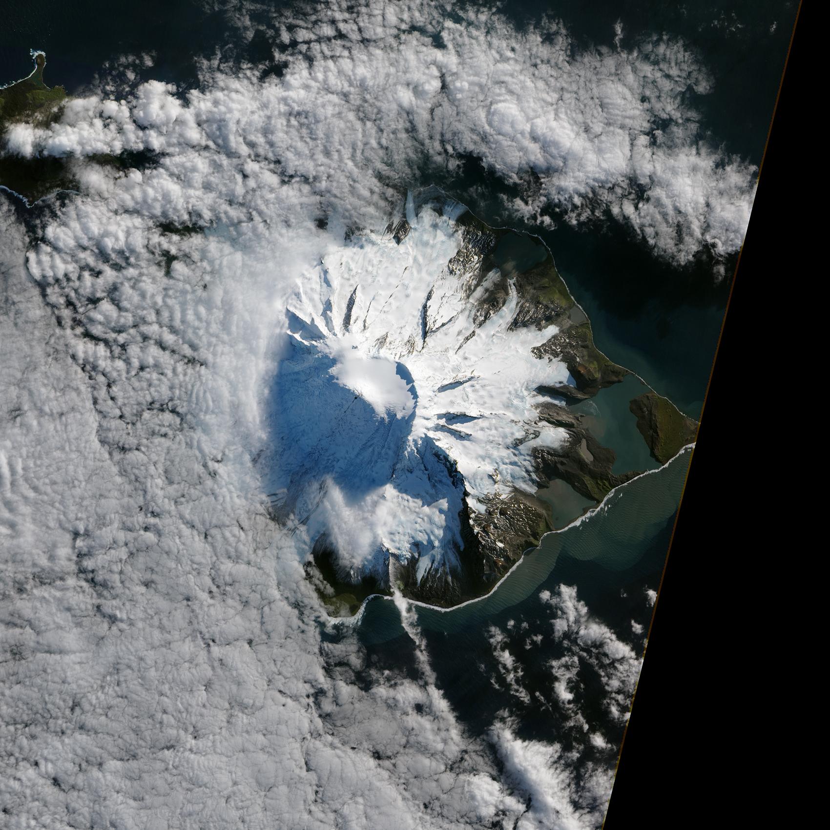 Pictures Of Satellites >> File:Lava Flow on Mawson Peak, Heard Island.jpg - Wikimedia Commons