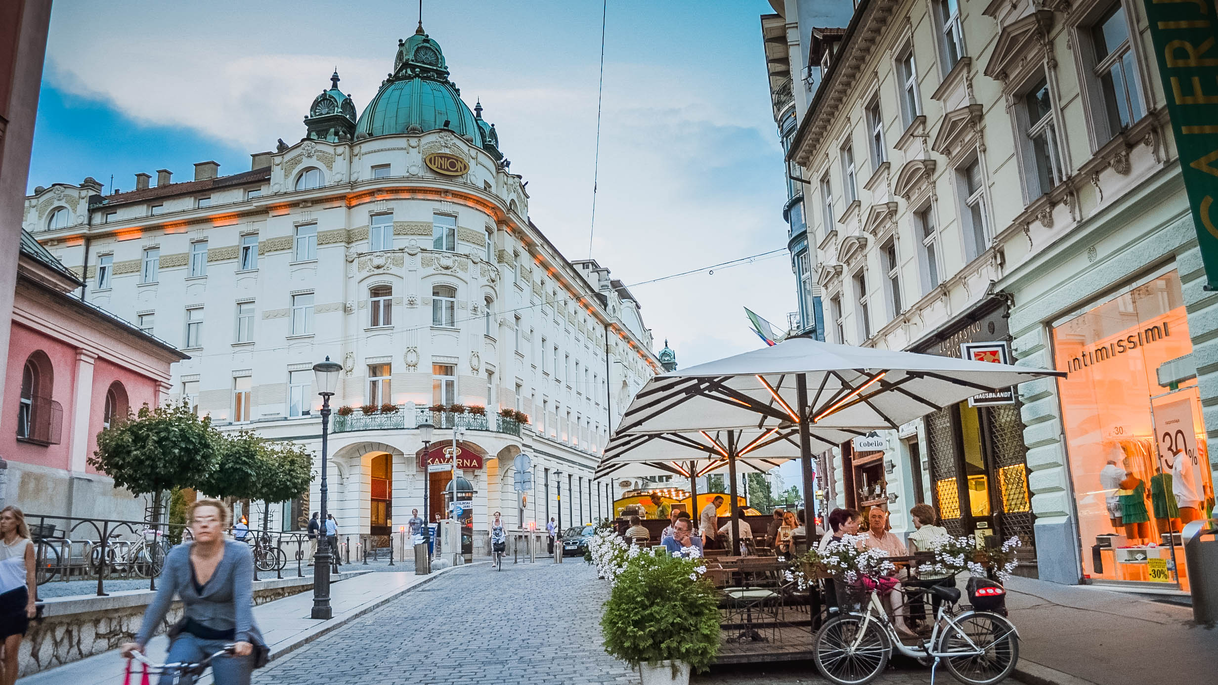 online dating ljubljana The capital city of ljubljana is a particularly beautiful and lively place to spend time with  our experts have reviewed the top online dating sites for.