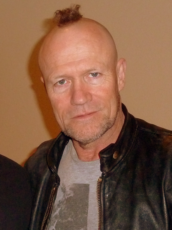Michael Rooker Henry