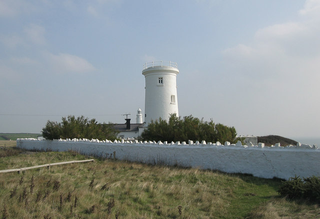 Old Lighthouse at Nash Point - geograph.org.uk - 379022