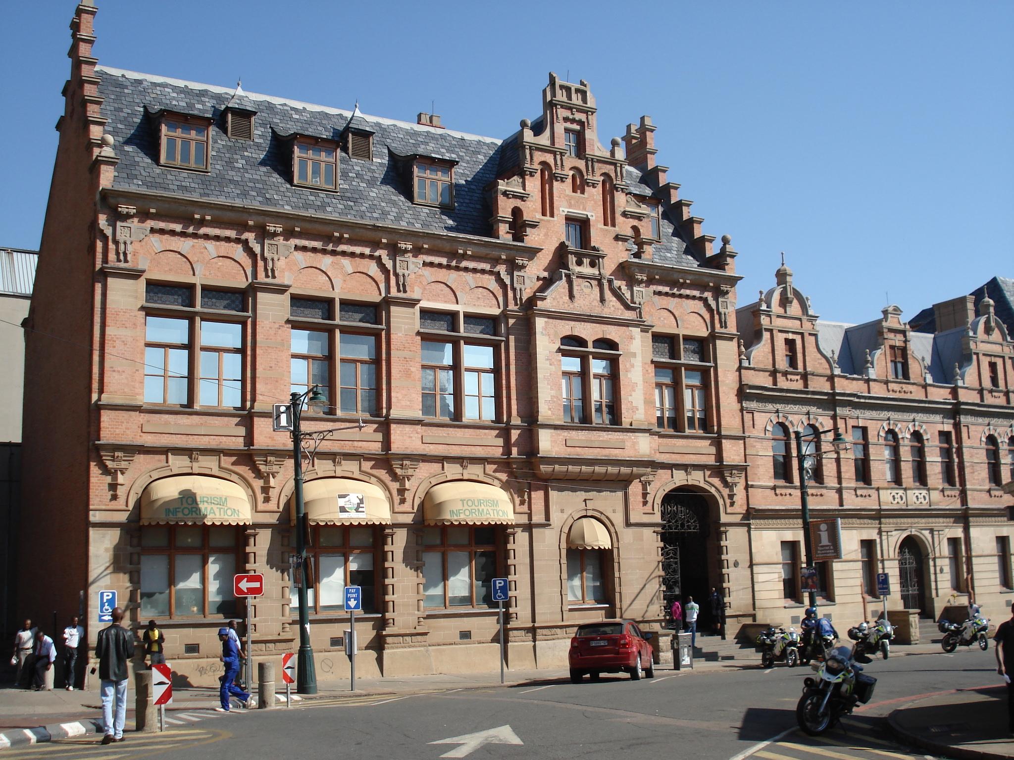 File Old Nederlandsche Bank Church Square Pretoria Jpg Wikimedia Commons