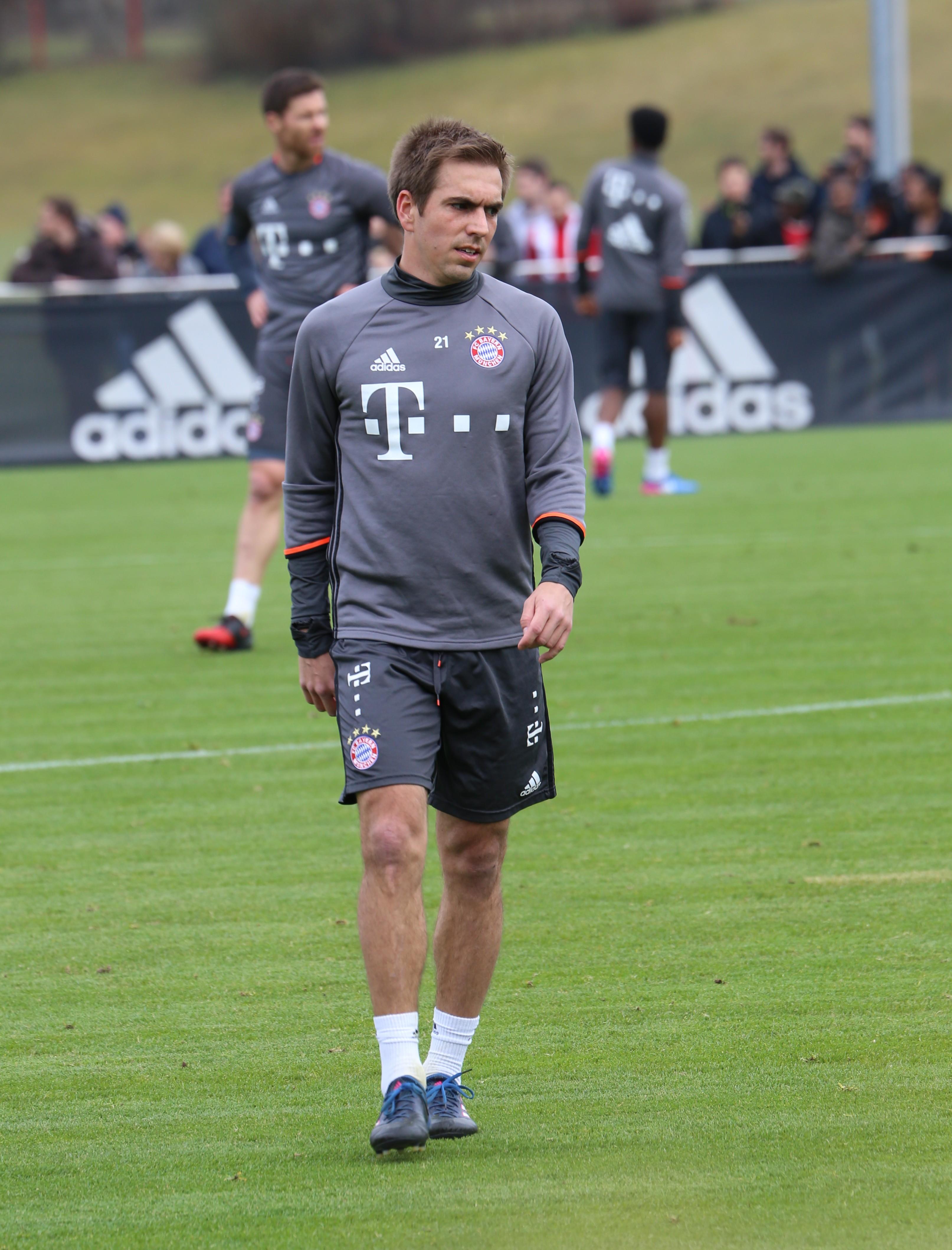 File Philipp Lahm Training 2017 03 FC Bayern Muenchen 1