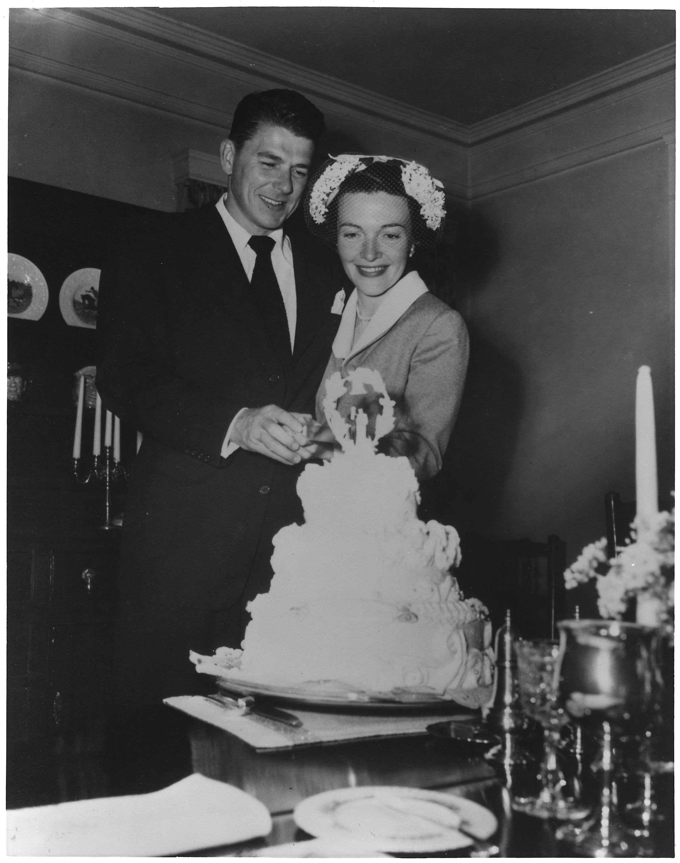 Wedding Cake Cutting Meaning
