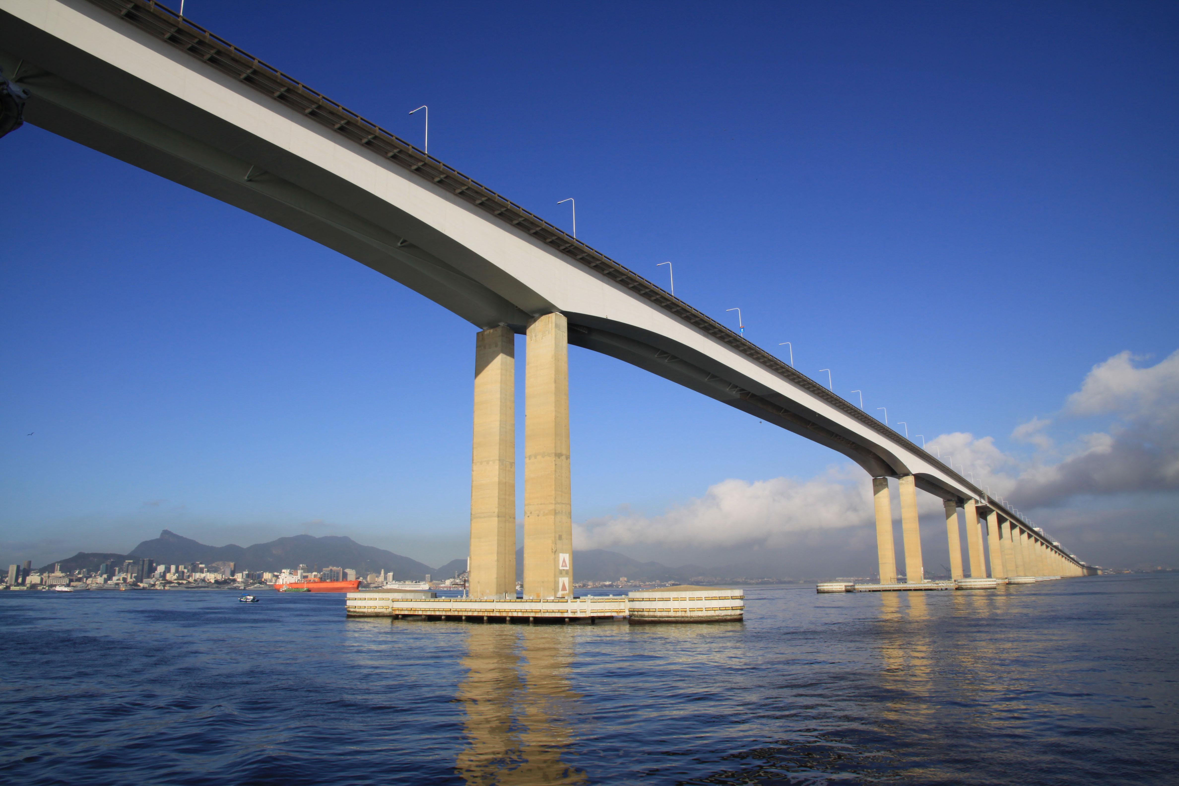 Ponte Rio-Niterói 01.jpg