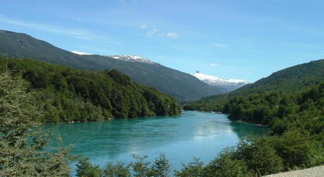 Río Baker, sobre el cual se construirían dos de las centrales hidroeléctricas.