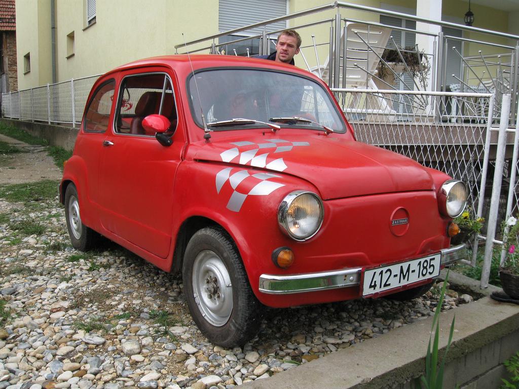 File Red Zastava 750 Or 850 In In Bosnia And Herzegovina