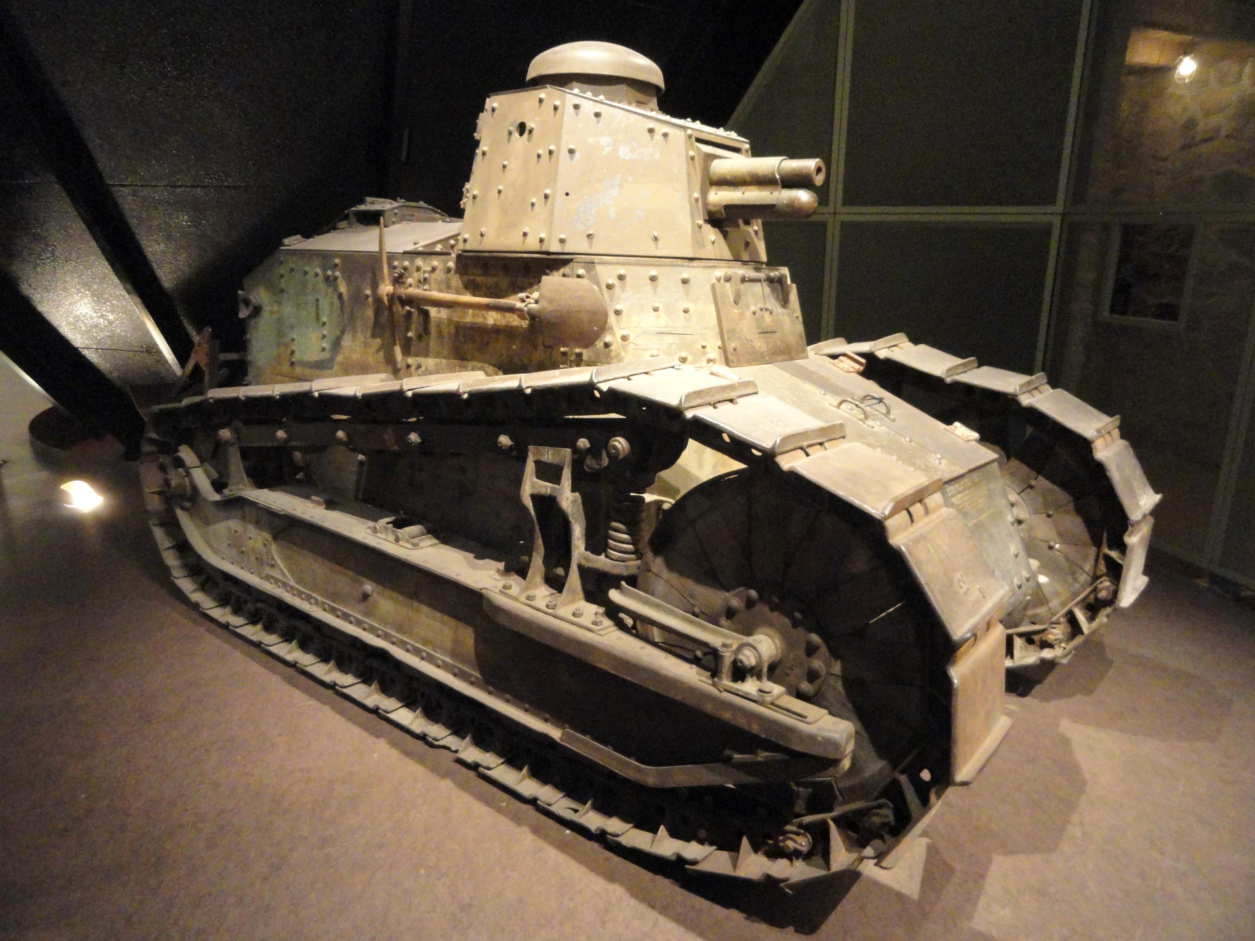Tank National World War