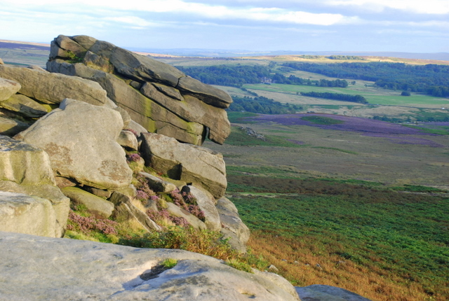 Rocky outcrop on Higger Tor - geograph.org.uk - 545280