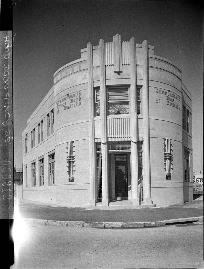 File:SLNSW 11351 Commonwealth Bank branch office at Bexley Front elevation of the corner ...