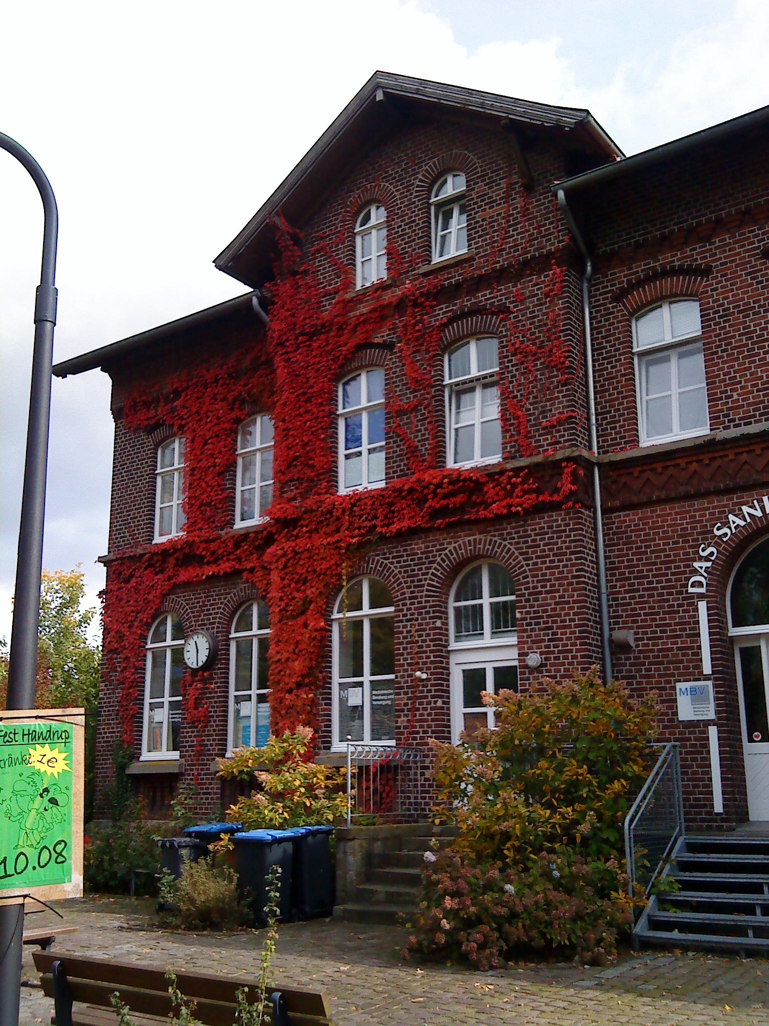 File:Spelle-Bahnhof.JPG - Wikimedia Commons  File:Spelle-Bah...