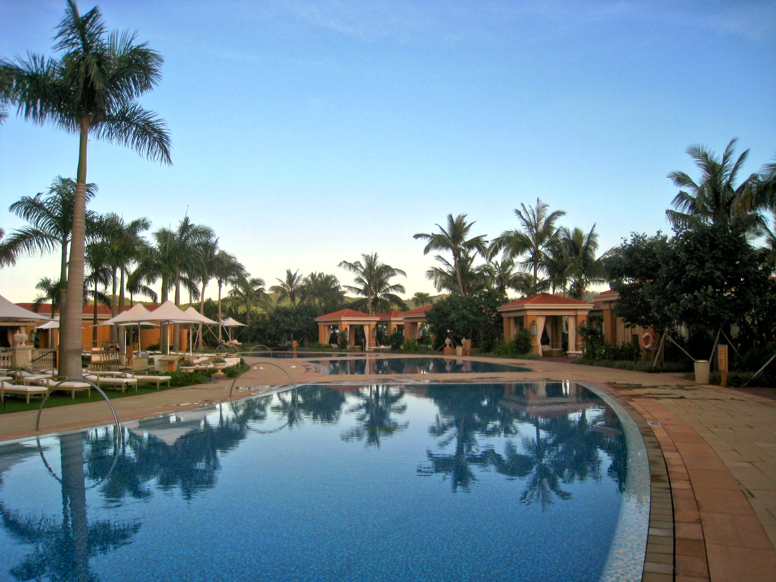 Hotels With Pools East Midlands