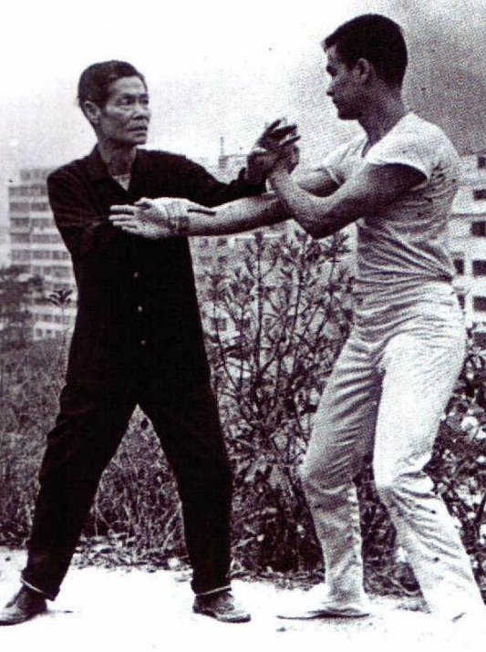 The age of 18 Bruce Lee picture 2.jpg