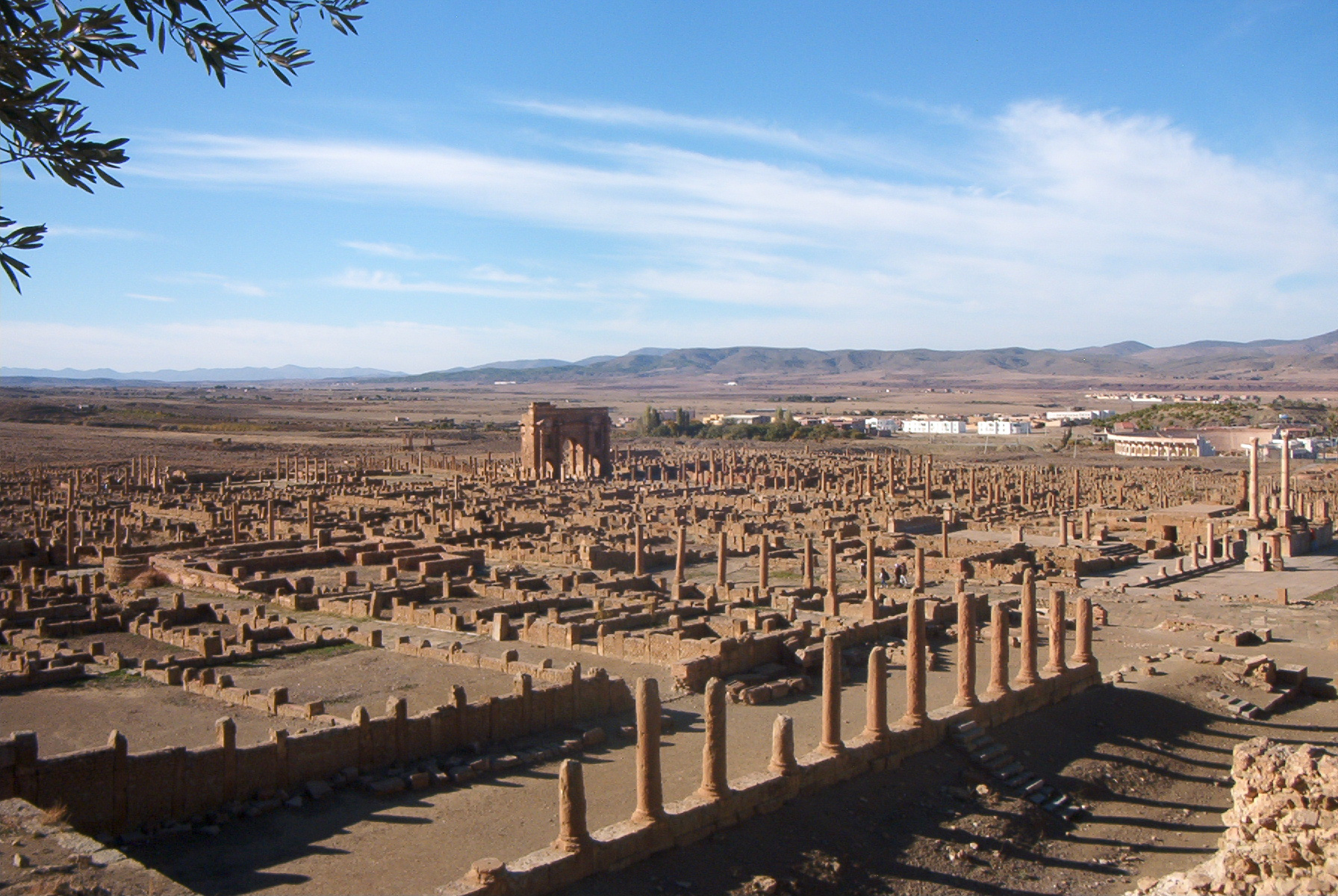 Arco de Trajano (Timgad) - Wikiwand