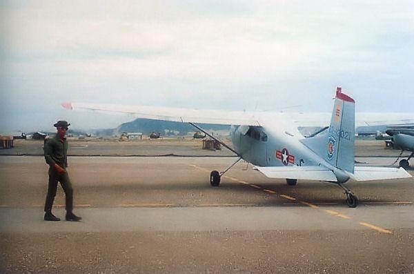 File:U-17A VNAF NhaTrang.jpg