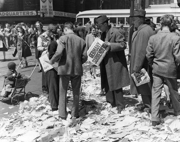DIARY date: May 10 marks VE Day in the High StreetEast Grinstead ...