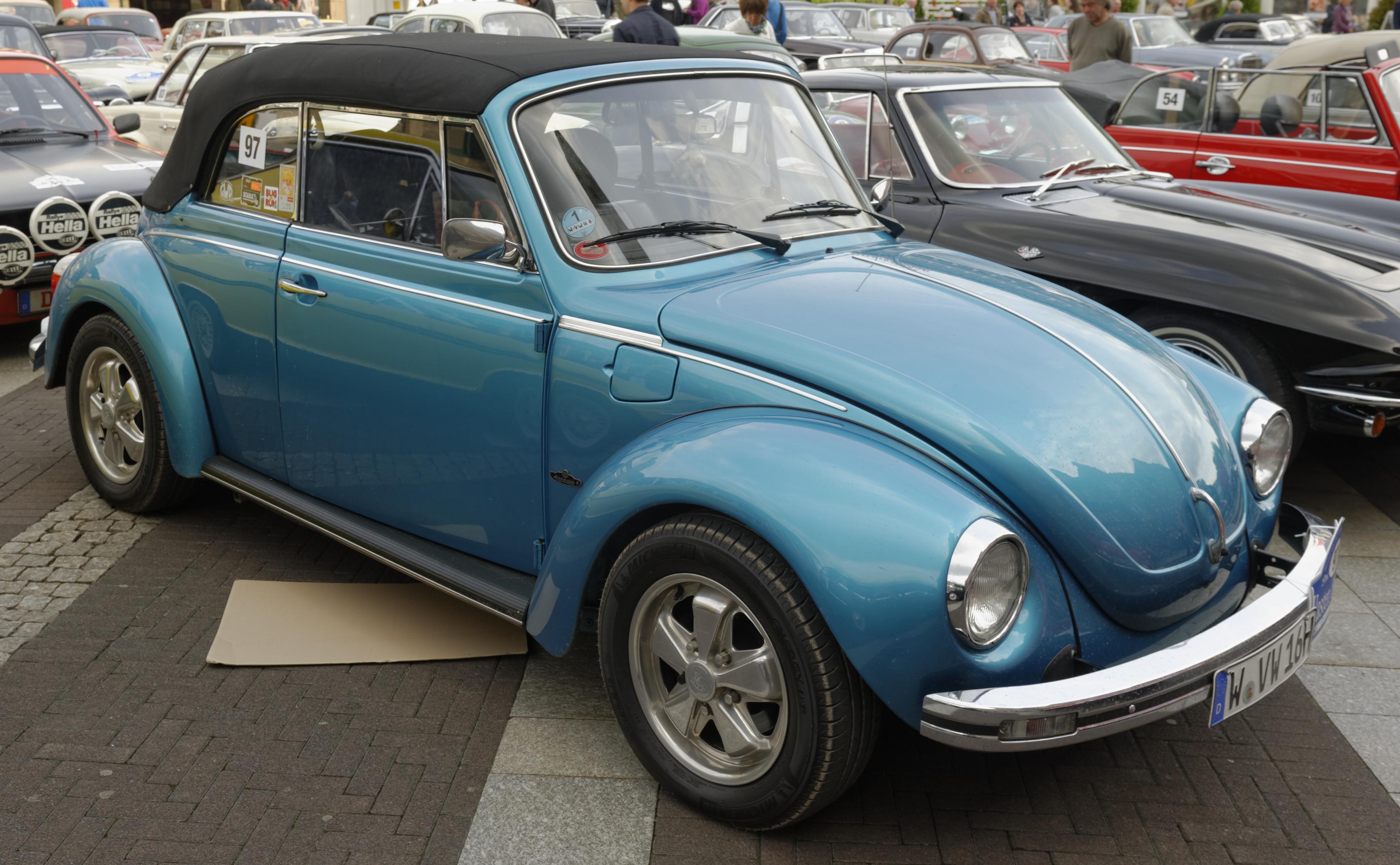 File:VW Käfer 1303 LS 2 m.jpg